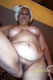 granny-big-boobs154.jpg