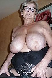 granny-big-boobs201.jpg