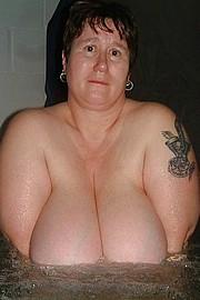 granny-big-boobs240.jpg