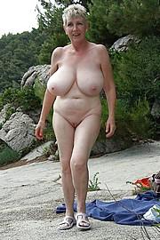 granny-big-boobs112.jpg