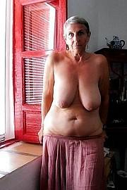 granny-big-boobs247.jpg