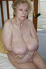 granny-big-boobs249.jpg