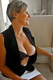 granny-big-boobs256.jpg