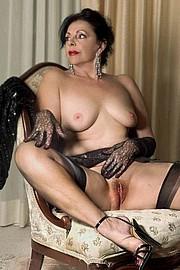 granny-big-boobs468.jpg