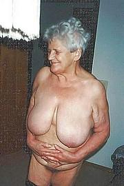 granny-big-boobs478.jpg