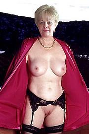 granny-big-boobs437.jpg