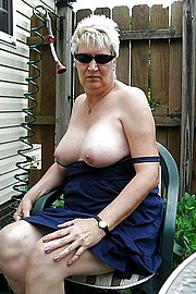 granny-big-boobs476.jpg