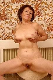 granny-big-boobs488.jpg