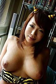 asian_chicks02.jpg
