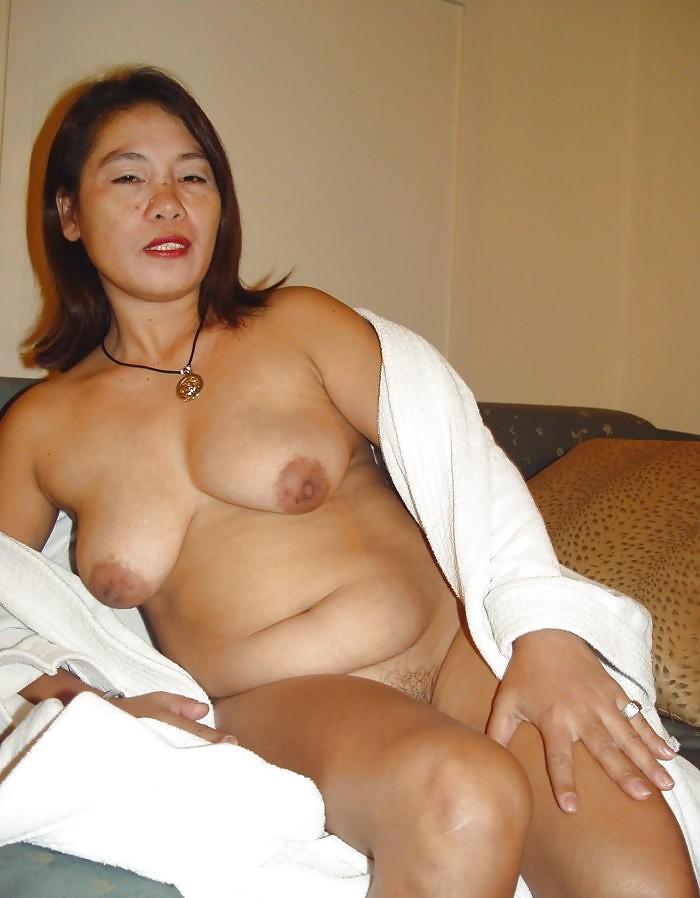 mature-sexy-asian-women-hijabi-model-nude