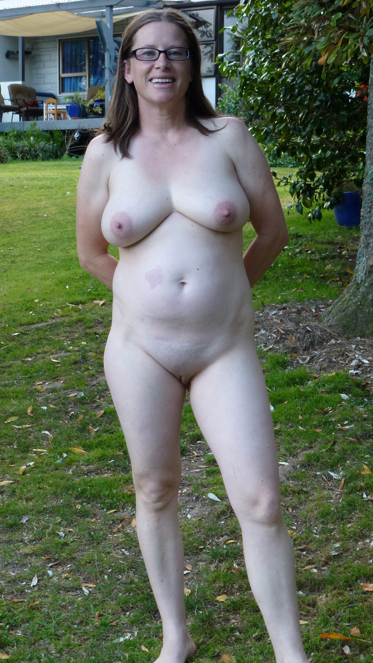 Naked chubby outside — photo 6