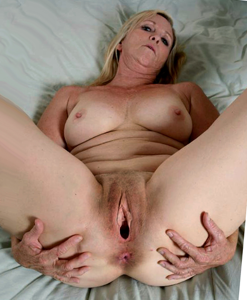 This Mom Is A Hungry Slut I Got Her At Tohorny.com