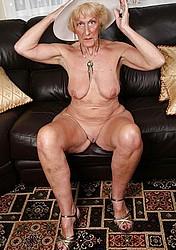 sexy-grannies03.jpg