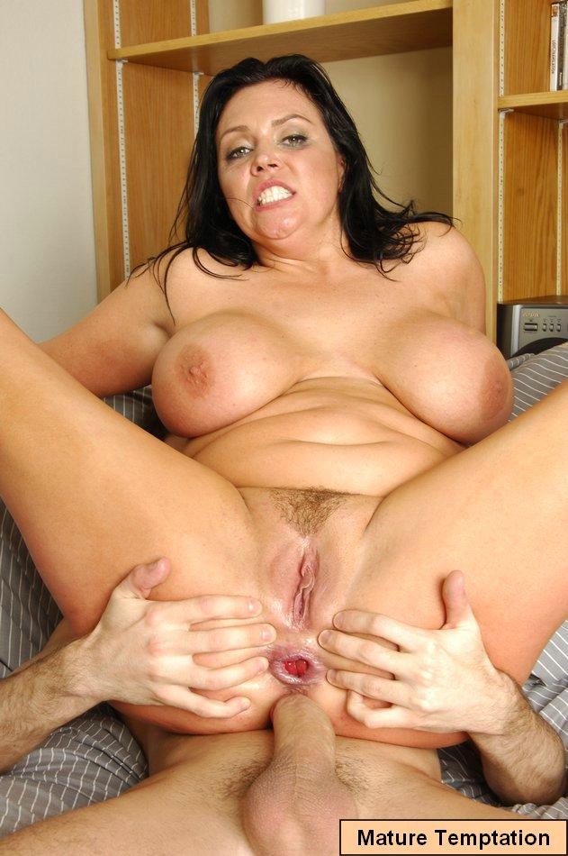 Erotic mature tits pic post