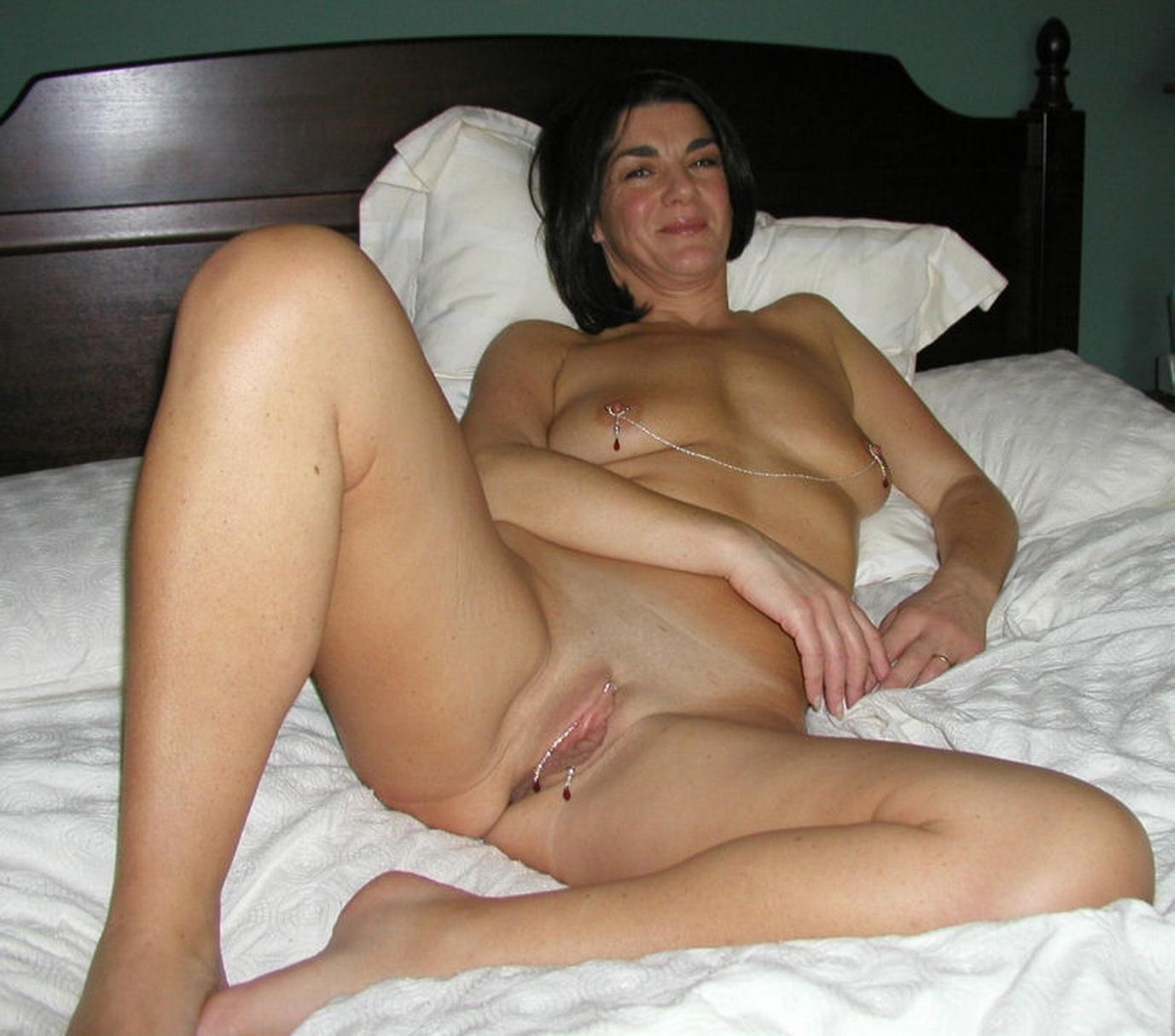 Nude amateur mature babes pics haze licking