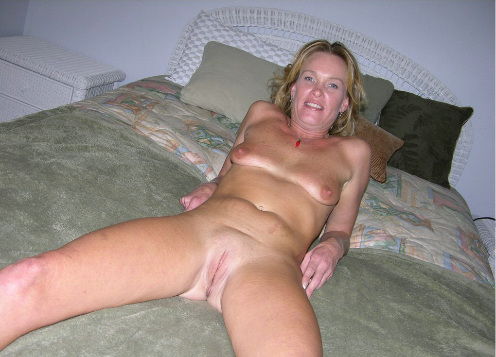 Mature moms with big boobs