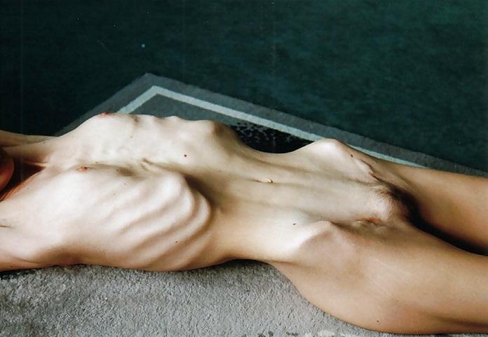 underground-creature-anorexic-porn-shower-gallery